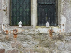 A mysterious figure - and a medieval window ...