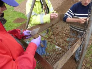 Sieving at Trench 5a